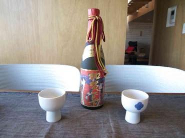 2010-01-01 加賀鳶 純米大吟醸 千日囲い 錦絵ラベル